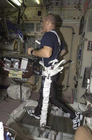 astronaut treadmill workout - photo #7