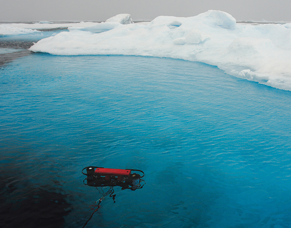 Technology measuring light in Arctic waters